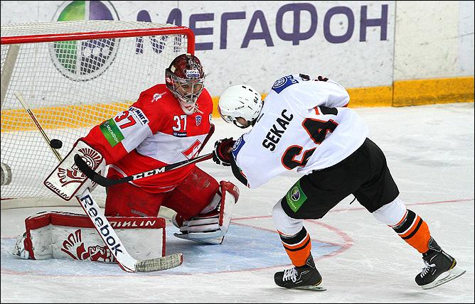 хоккей Спартак – Лев