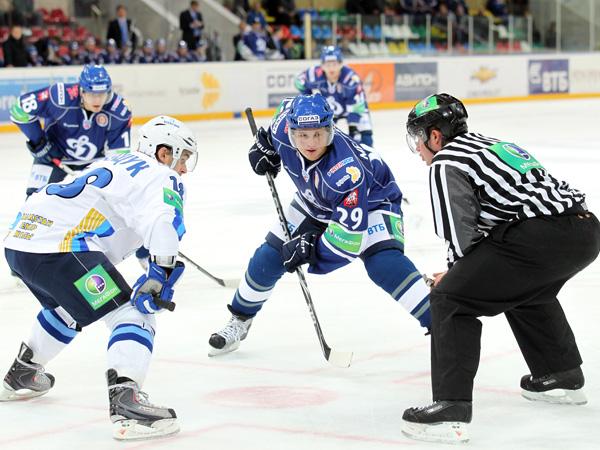 хоккей Динамо - Барыс